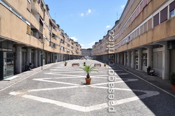 Piazza grecia al villaggio olimpico paesaggiocritico for Villaggio olimpico