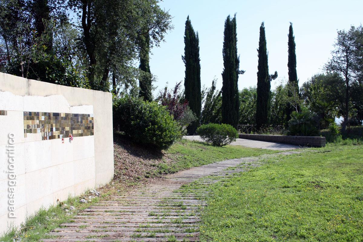 Il giardino dei ricordi al cimitero flaminio prima porta - Cimitero flaminio prima porta ...