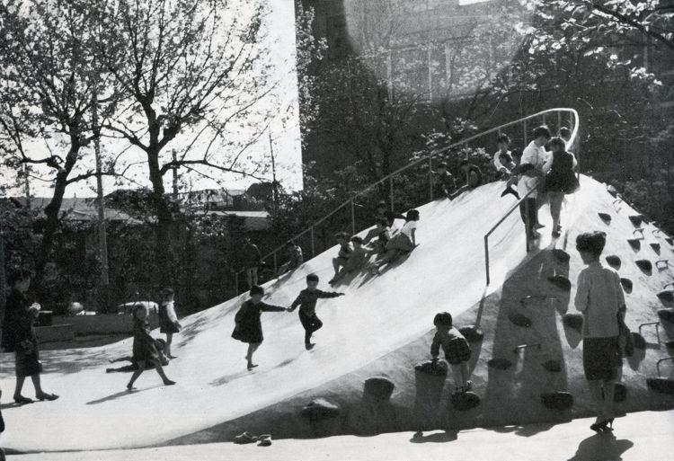 Kuro Kaneko - Teppozu playground, Chuo-ku, Tokyo, 1935, re-built 1962
