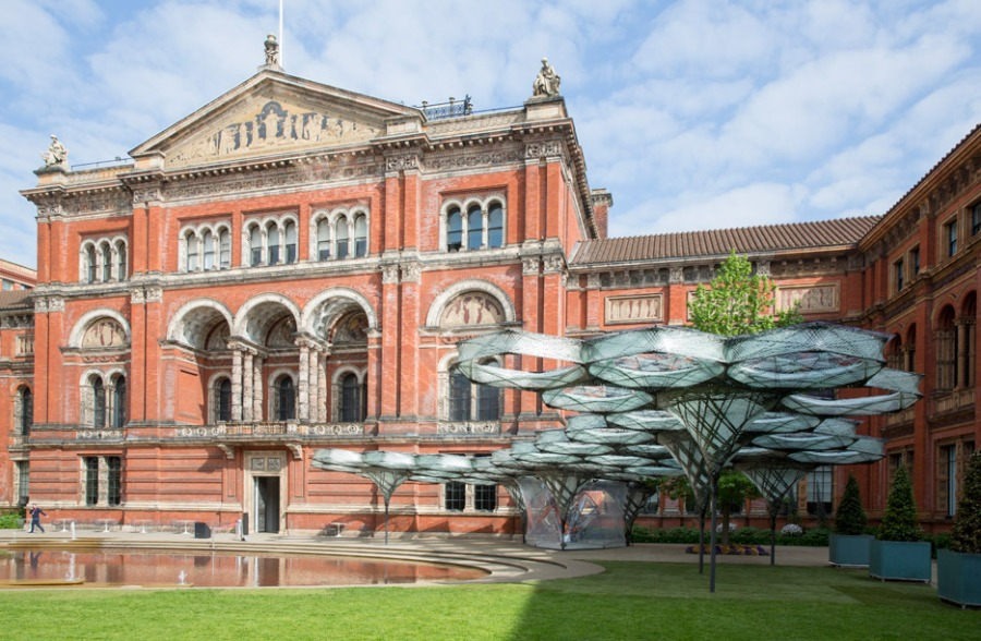 elytra-filament-pavilion-achim-menges-v-and-a-victoria-albert-museum-3d-printing-wings-flying-beetles_dezeen_936_12