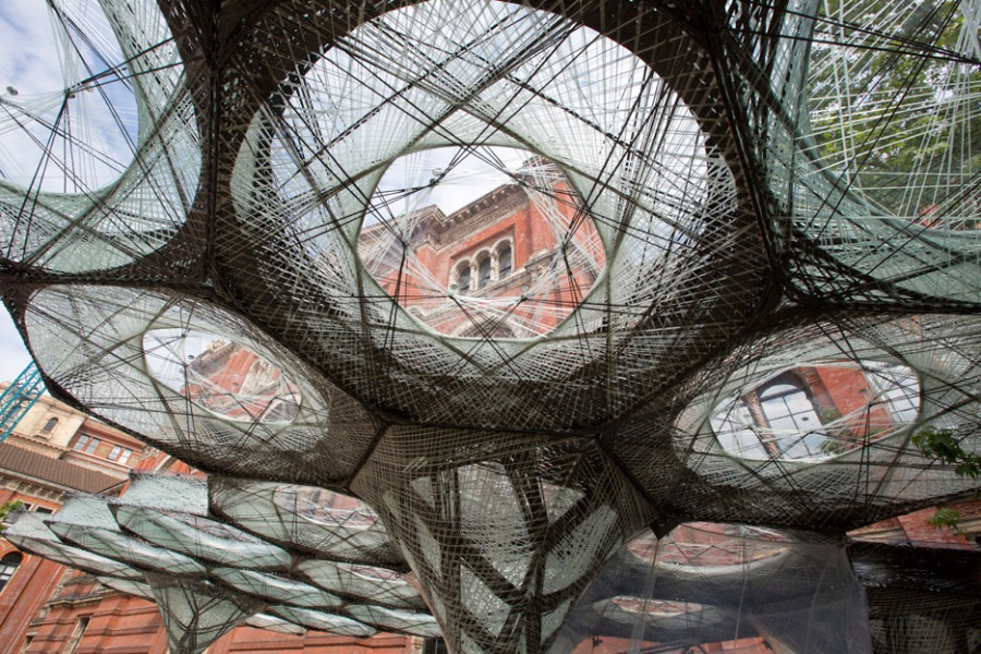 elytra-filament-pavilion-achim-menges-v-and-a-victoria-albert-museum-3d-printing-wings-flying-beetles_dezeen_936_4